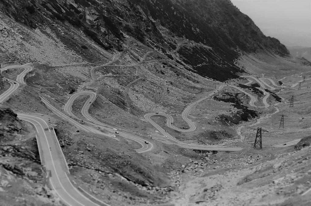 BW_winding-road